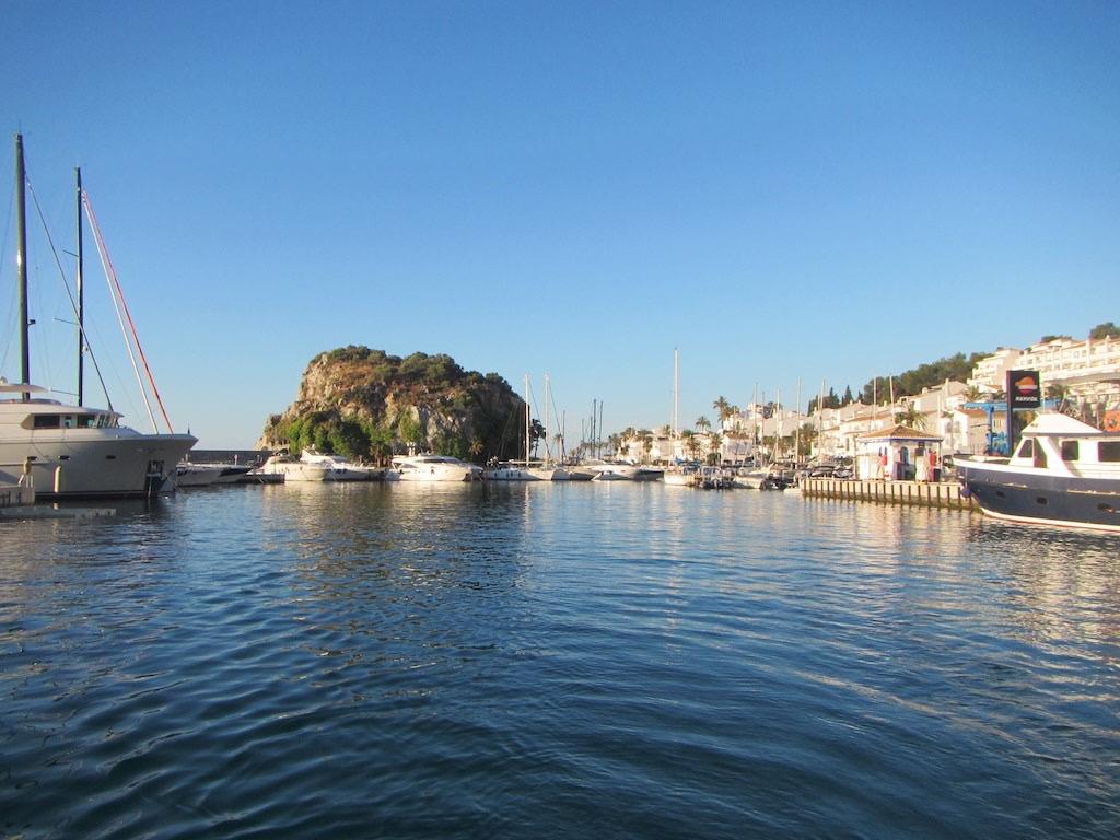 Nothafen Marina del Este