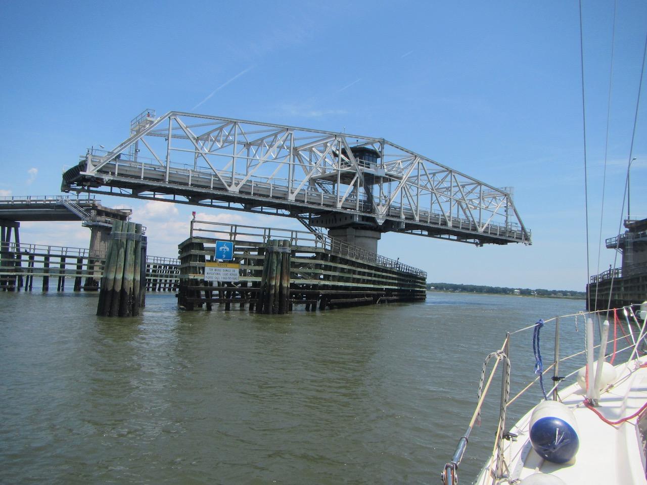 Die Beaufort Brücke macht den Weg frei für uns
