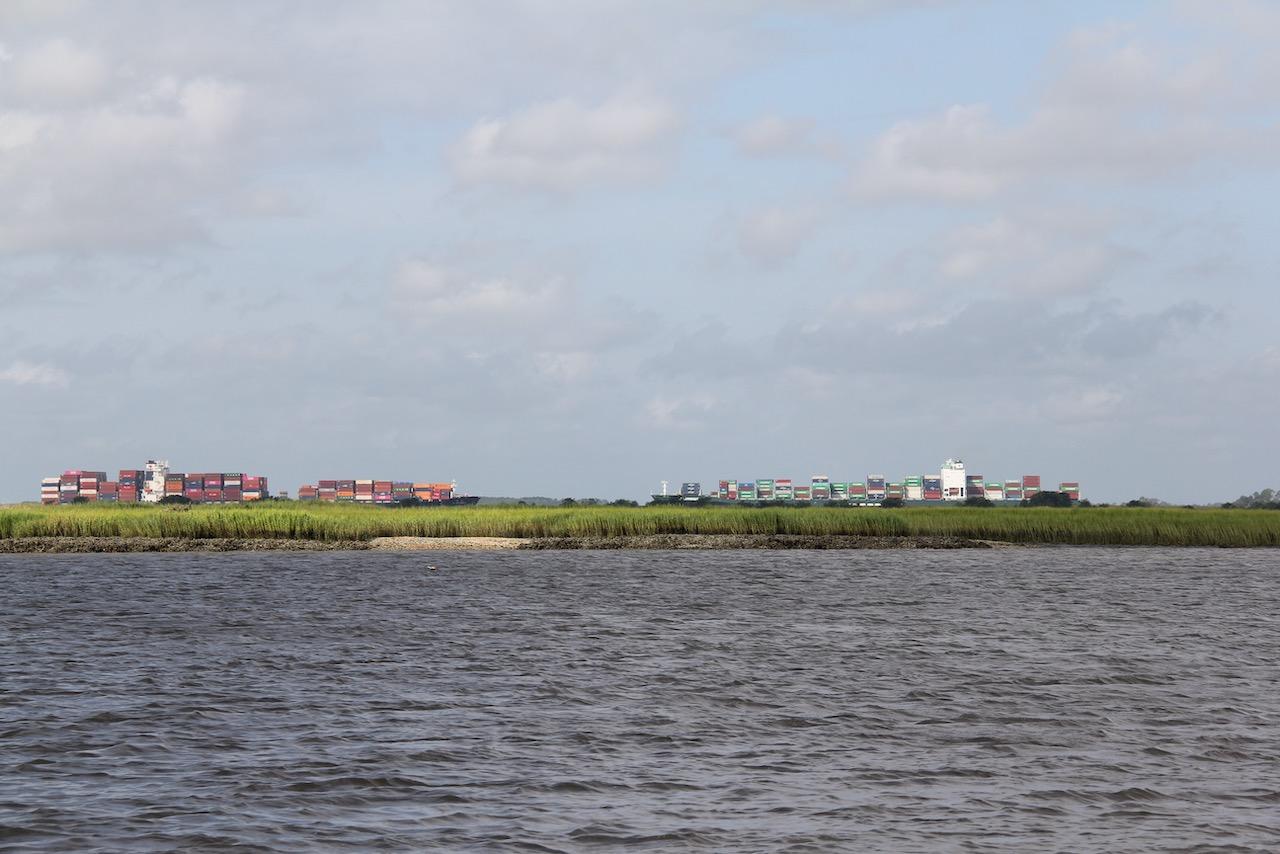 Viel Verkehr auf dem Savannah River