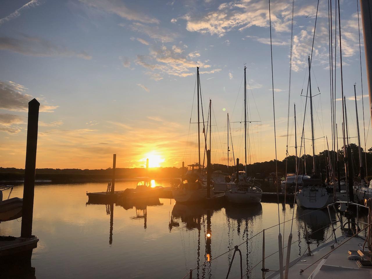 Der letze Sonnenuntergang in der Lady's Island Marina